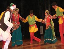 dance-of-uttarakhand