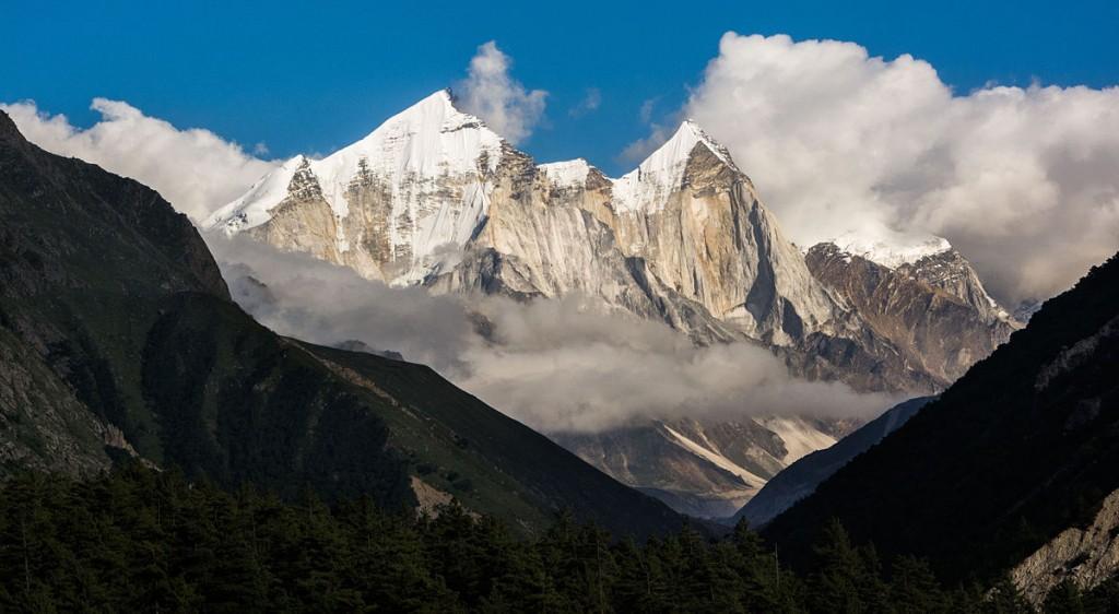 Bhagirathi_group_of_Himalaya_peaks_Uttarakhand_India