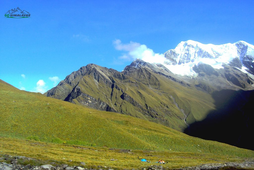 Roopkund Ronti Saddle Trek